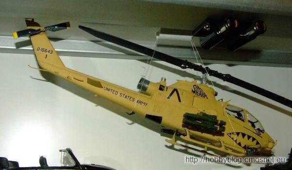 """Bell AH-1F Cobra """"Sand Shark"""", Revell 04646, 1:48"""