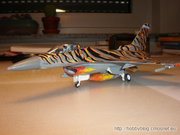 """Lockheed Martin F-16C """"Tiger Meet"""" 2003, Revell 04669, 1;72"""