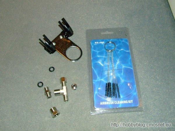 Akcesoria do airbrushu - złączki, uchwyt do pistoletów, szczoteczki do czyszczenia